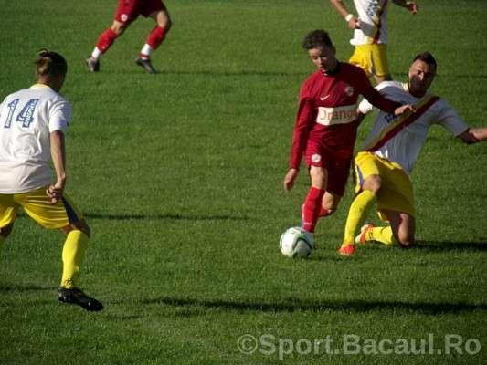 SC Bacau - FCM Dinamo Onesti (1)
