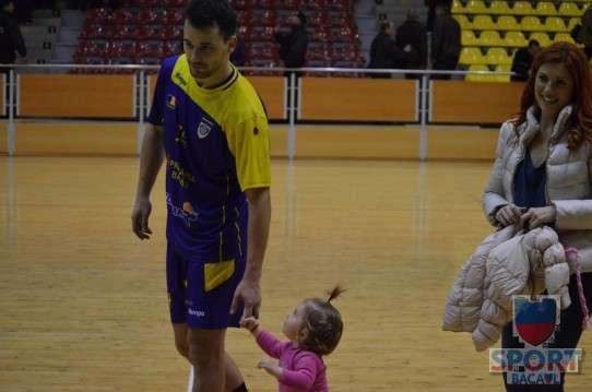 Stiinta Bacau - Dinamo Bucuresti 29