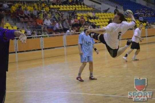 Turneu final handbal juniori II, Bacau, 25 mai 2014 1
