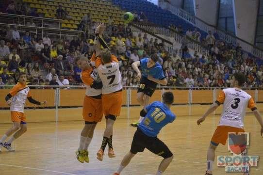 Turneu final handbal juniori II, Bacau, 25 mai 2014 10
