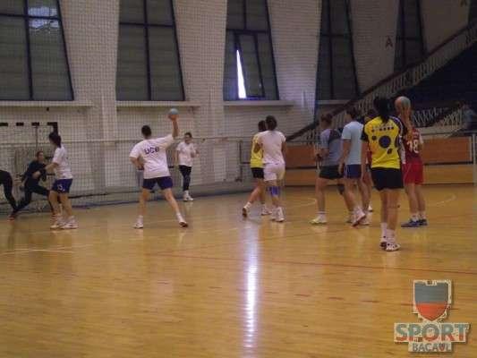 Antrenament Stiinta Bacau handbal feminin 1