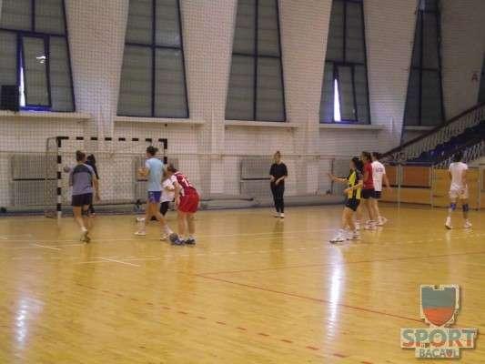Antrenament Stiinta Bacau handbal feminin 2