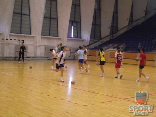 Antrenament Stiinta Bacau handbal feminin 3