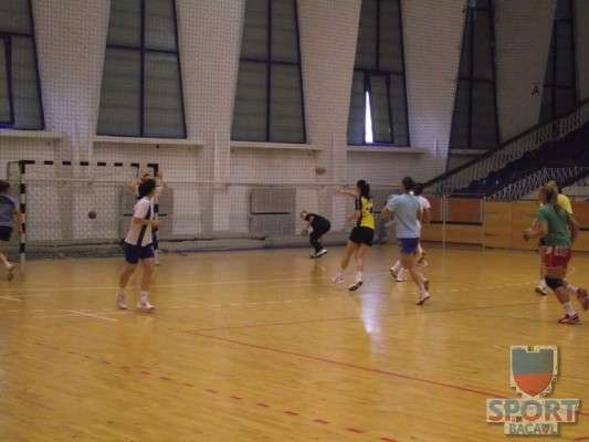 Antrenament Stiinta Bacau handbal feminin 5