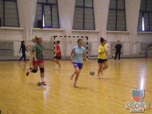 Antrenament Stiinta Bacau handbal feminin 6