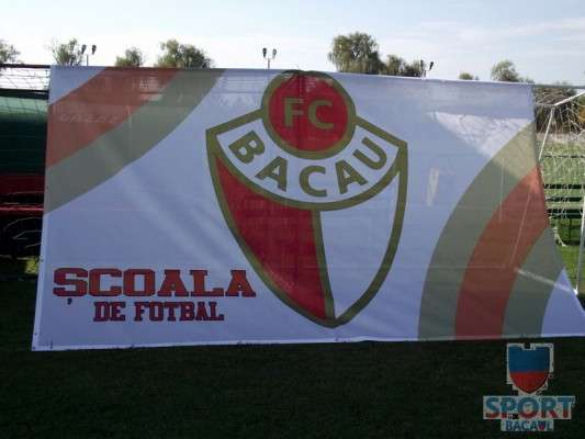 Scoala de Fotbal FC Bacau a pornit la drum  2