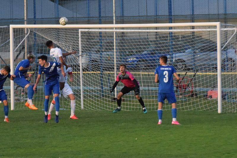 Fotbal, Liga a III-a / Remiză obținută de CSM Bacău cu o candidată la promovare