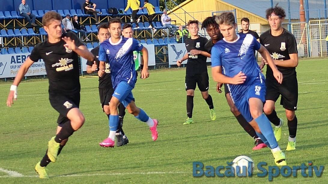 Fotbal, Liga a III-a / Înfrângere în deplasare pentru CSM Bacău