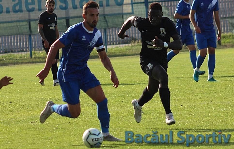Fotbal, Liga a III-a / Victorie importantă pentru CSM Bacău