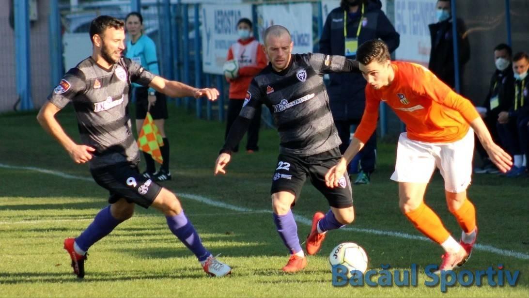 Fotbal, Liga a II-a / Aerostar smulge un punct la ultima fază a meciului cu Timișoara