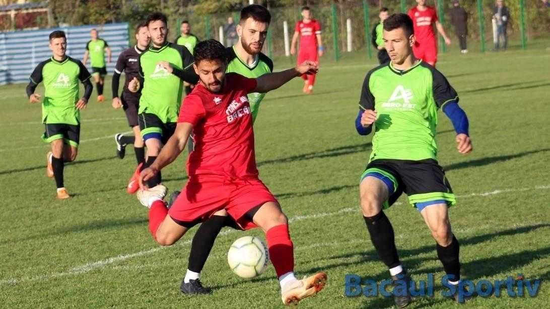 Fotbal, Liga a III-a / Victorie prețioasă în inferioritate numerică