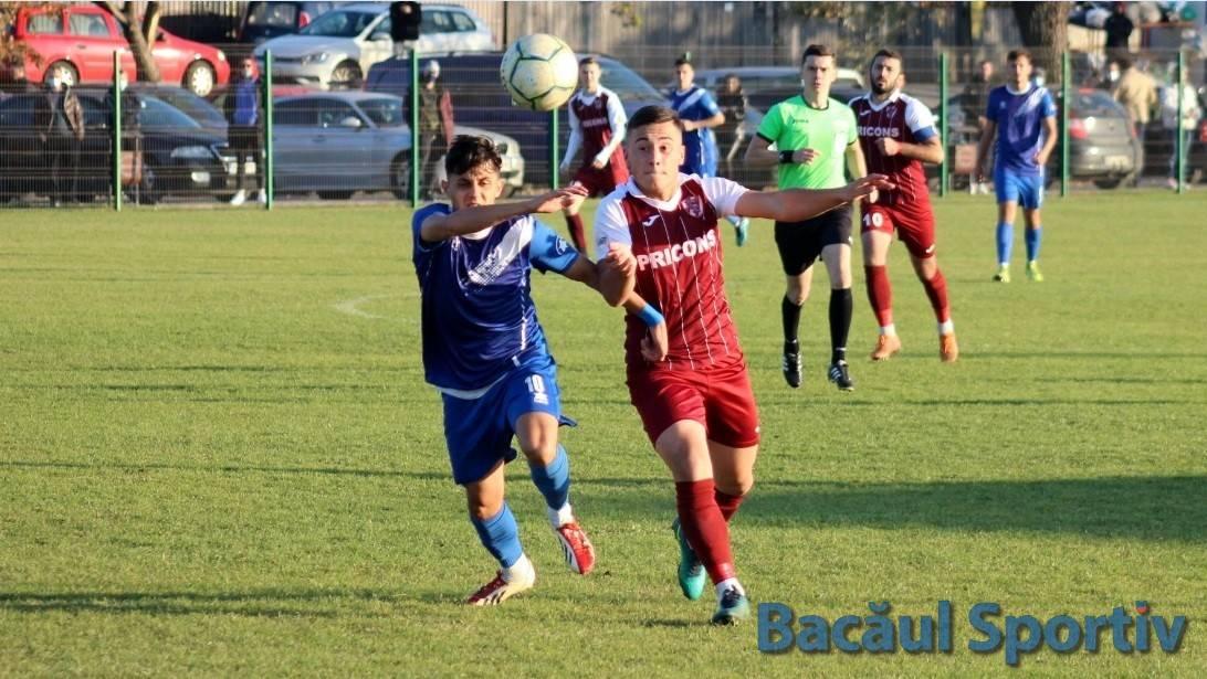 Fotbal, Liga a III-a / Înfrângere cu cântec pentru CSM Bacău